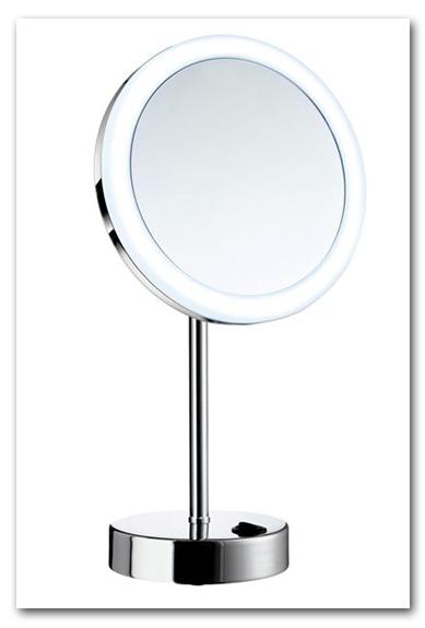 Kosmetikspiegel beleuchtet mit Vergrösserung 5-fach und Batteriebetrieb by Bavaria Bäder-Technik GdbR