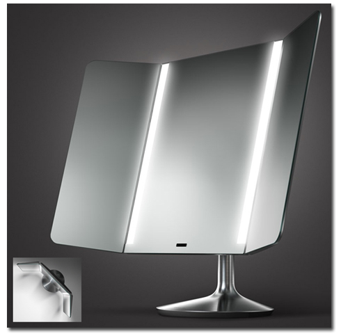 3 D - Spiegel mit beweglichen Seitenspiegeln und LED-Beleuchtung